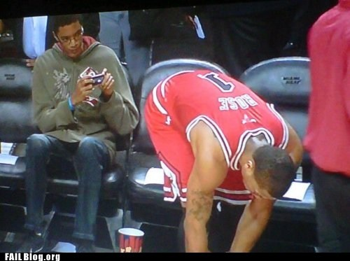 Taking a Photo of Derrick Rose FAIL