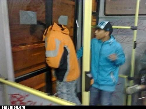 doors,head stuck,Subway