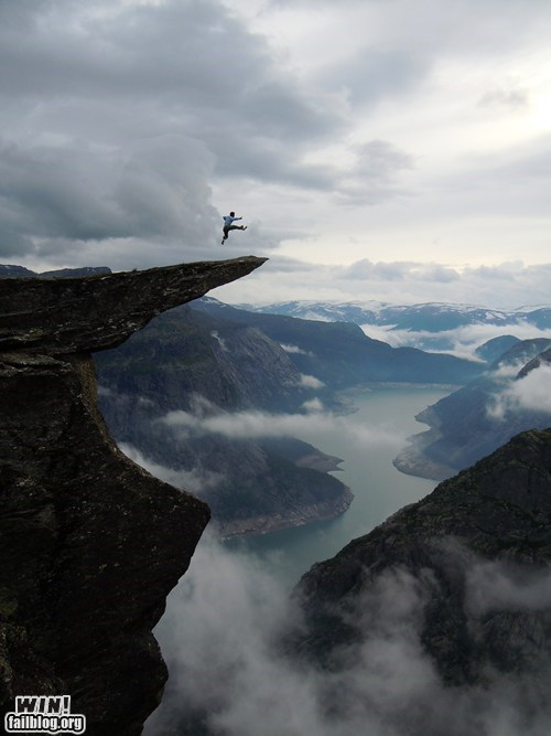 Tai Chi at Trolltunga WIN