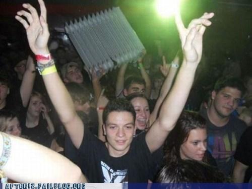 clubbin,concert,Party,radiator