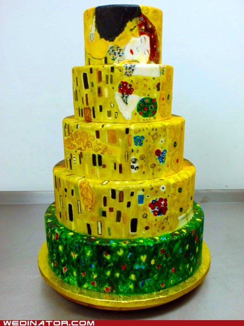 art,funny wedding photos,Gustav Klimt,The Kiss,wedding cakes