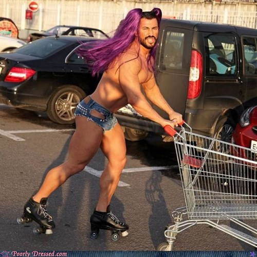 Poorly Dressed: Even Beefcakes Need to Shop For Groceries
