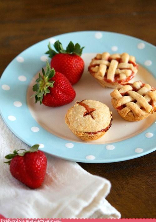 epicute,miniature,pies,Rum,strawberries,tiny
