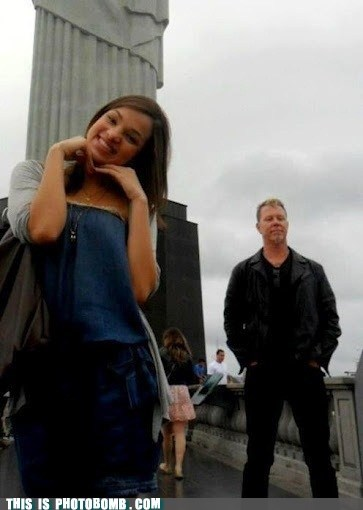That Awesome Moment James Hetfield Photobombs You