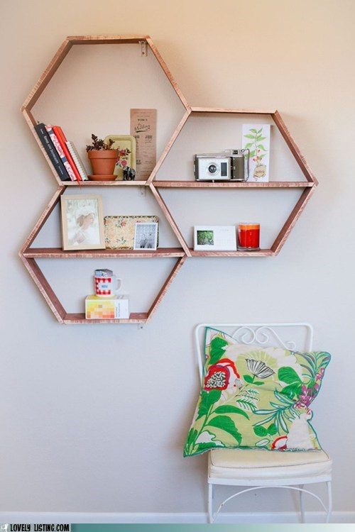 Your Daily Bookcase: DIY Like a Bee