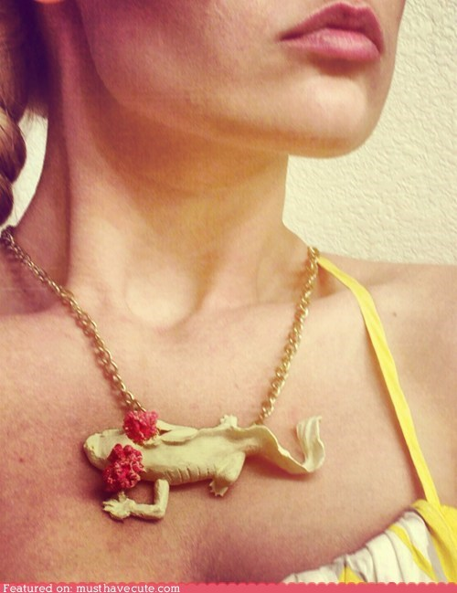 axolotl,Jewelry,necklace,pendant,salamander