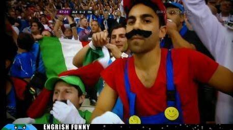 andres iniesta,euro 2012,football,italian,Italy,luigi,mario,Mario Balotelli,soccer,Spain,spanish,Super Mario bros,xavi,xavi hernandez
