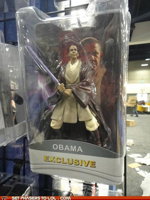 action figure,barack obama,comic con,Jedi,lightsaber,Mace Windu,SDCC,star wars,toy