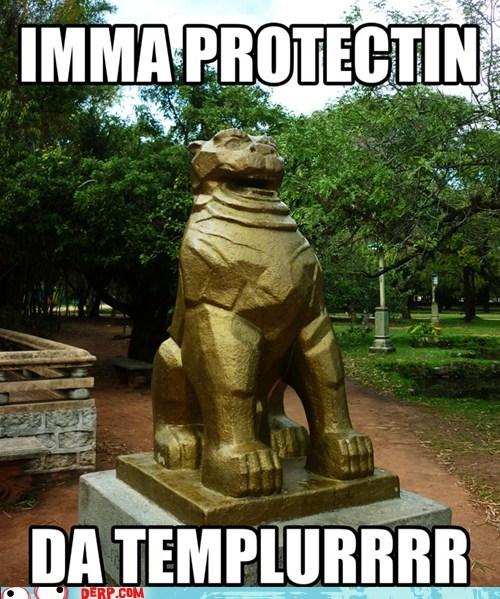 Urrrm a Scurrry Statue