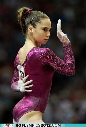 McKayla Maroney to Compete with Broken Toe