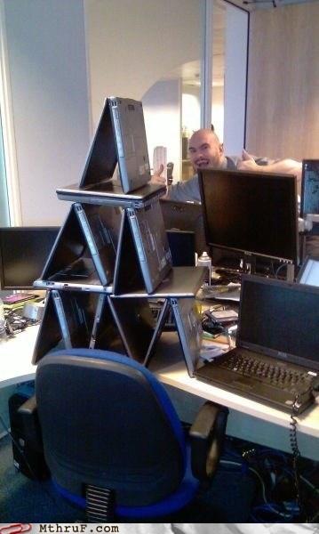 hp,jenga,laptop,pyramid