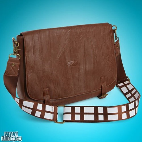 Chewie Messenger Bag WIN
