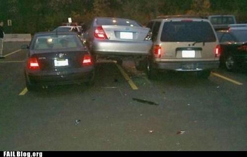 car accidents,car crash,parking lot