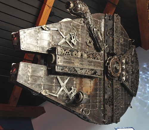 Millenium Falcon Model of the Day