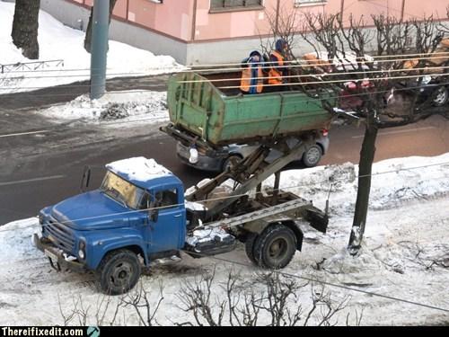 cherry picker,russia,service,service in russia,telephone pole