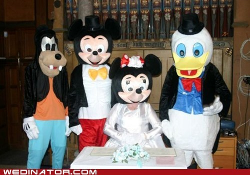 creepy,disney,funny wedding photos,mickey mouse,minnie mouse,vow renewal,weird