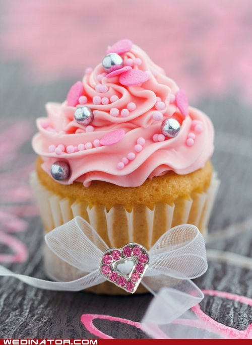 Just Pretty: Behold This Cupcake