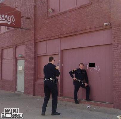 cops,graffiti,photo op,police