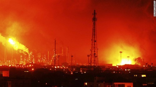 Breaking News of the Day: Venezuela Refinery Blast Kills 24, Injures Many