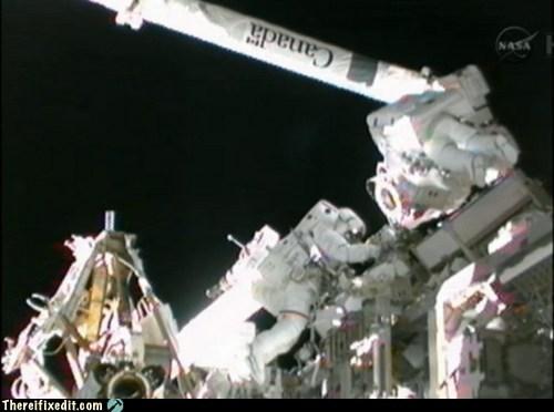 akihiko hoshide,astronauts,international space stati,international space station,ISS,mbsu,nasa,space station,space.com,spacewalk,sunita williams,tifi win,toothbrush