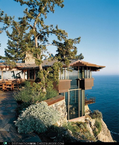 Cliff-Top Ocean Home, Big Sur, Califorina