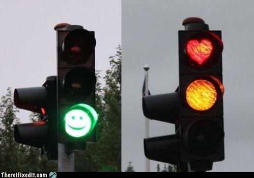 green light,happy face,red light,stoplight,traffic light,traffic stop