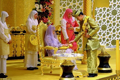 Sultan of Brunai Marries off His Daughter