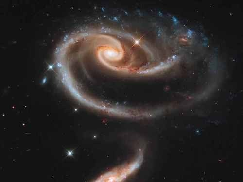 Arp 273 the Rose of Galaxies