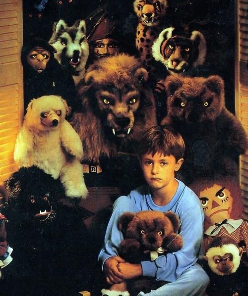 creepy,eyes,night,stuffed animals