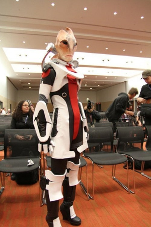 Mordin Solus, a Model Salarian Cosplay