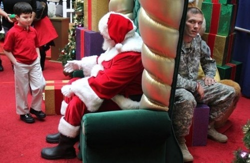 mall santa,military dad,surprise,categoryvoting-page