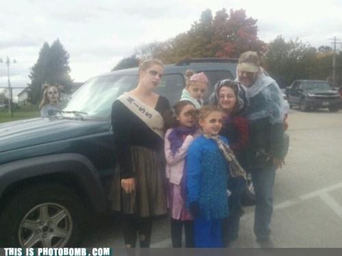 zombie,car,costume,halloween