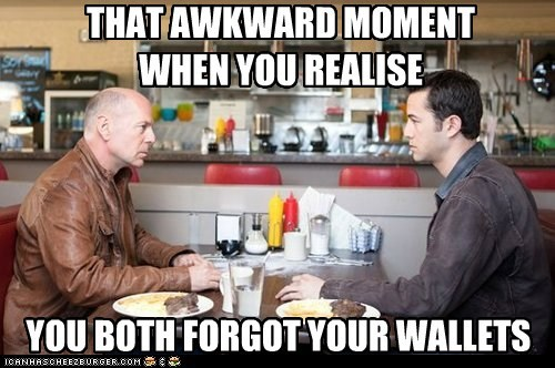 that awkward moment,joe,bruce willis,wallets,Joseph Gordon-Levitt,forgot,looper