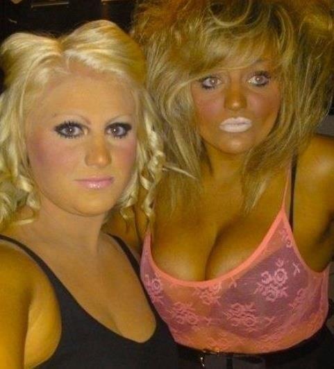 tan,white lips