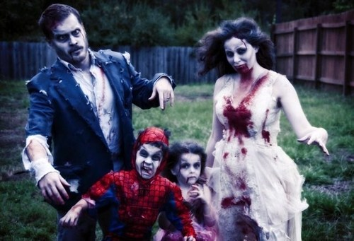 halloween costumes,zombie,Spider-Man,family costumes