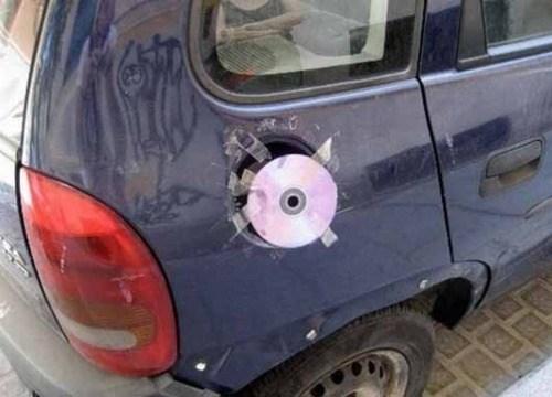 disc,CD,90s,gas cap