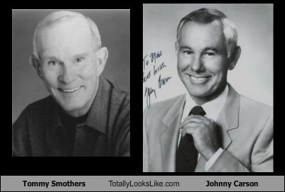 Tommy Smothers Totally Looks Like Johnny Carson