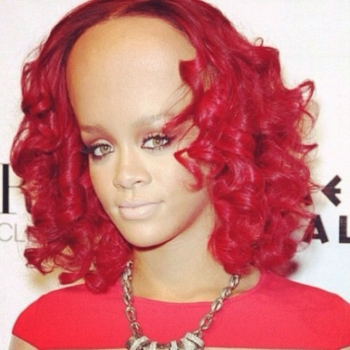 You can Barely Notice Rihanna's Fivehead