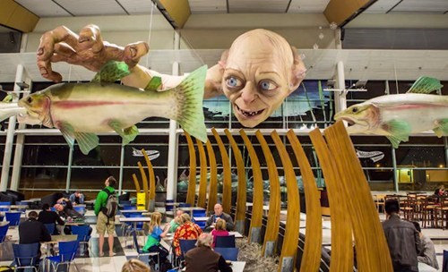 Lord of the Rings,airport,gollum,nerdgasm