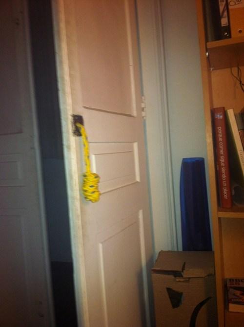 door,rope,pull and push,door handle