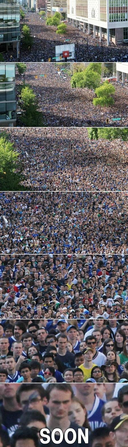 zoom,SOON,crowd