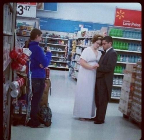 photos,classy,wedding,Walmart,tacky