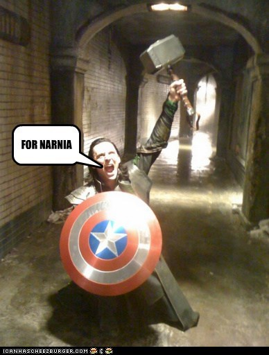 loki,shield,tom hiddleston,The Avengers,mjolnir,confused,mixed up,narnia