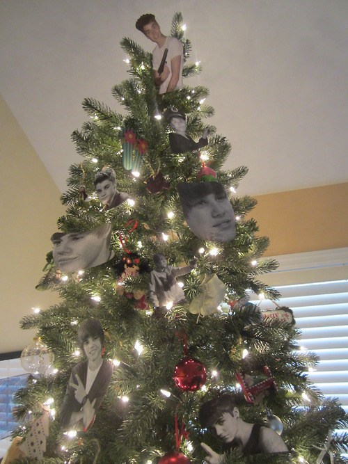 Don't Leave Your Kids in Charge of Decorating the Christmas Tree