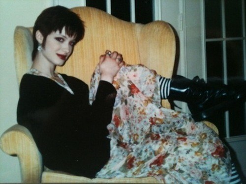 Christina Hendricks as an Angsty Teen