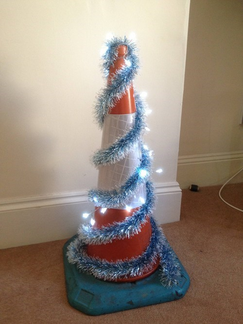 christmas,traffic cone,christmas tree,construction,santa claus,construction workers