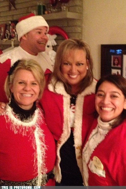 Photobomb Level:  Elf on the Shelf