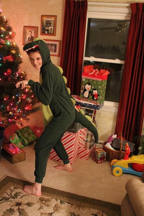 christmas,gifts,dinosaur,funny,holidays