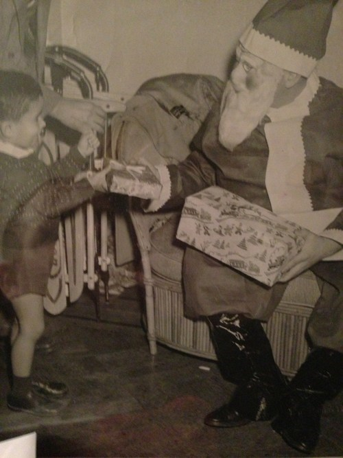 Why is 1950s Era Santa Always so Dang Creepy?!