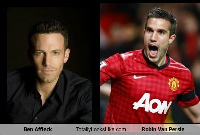 Ben Affleck Totally Looks Like Robin Van Persie